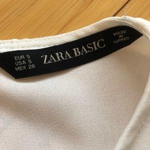 Zara Tops - GORGEOUS ZARA Romantic Blouse w Bow